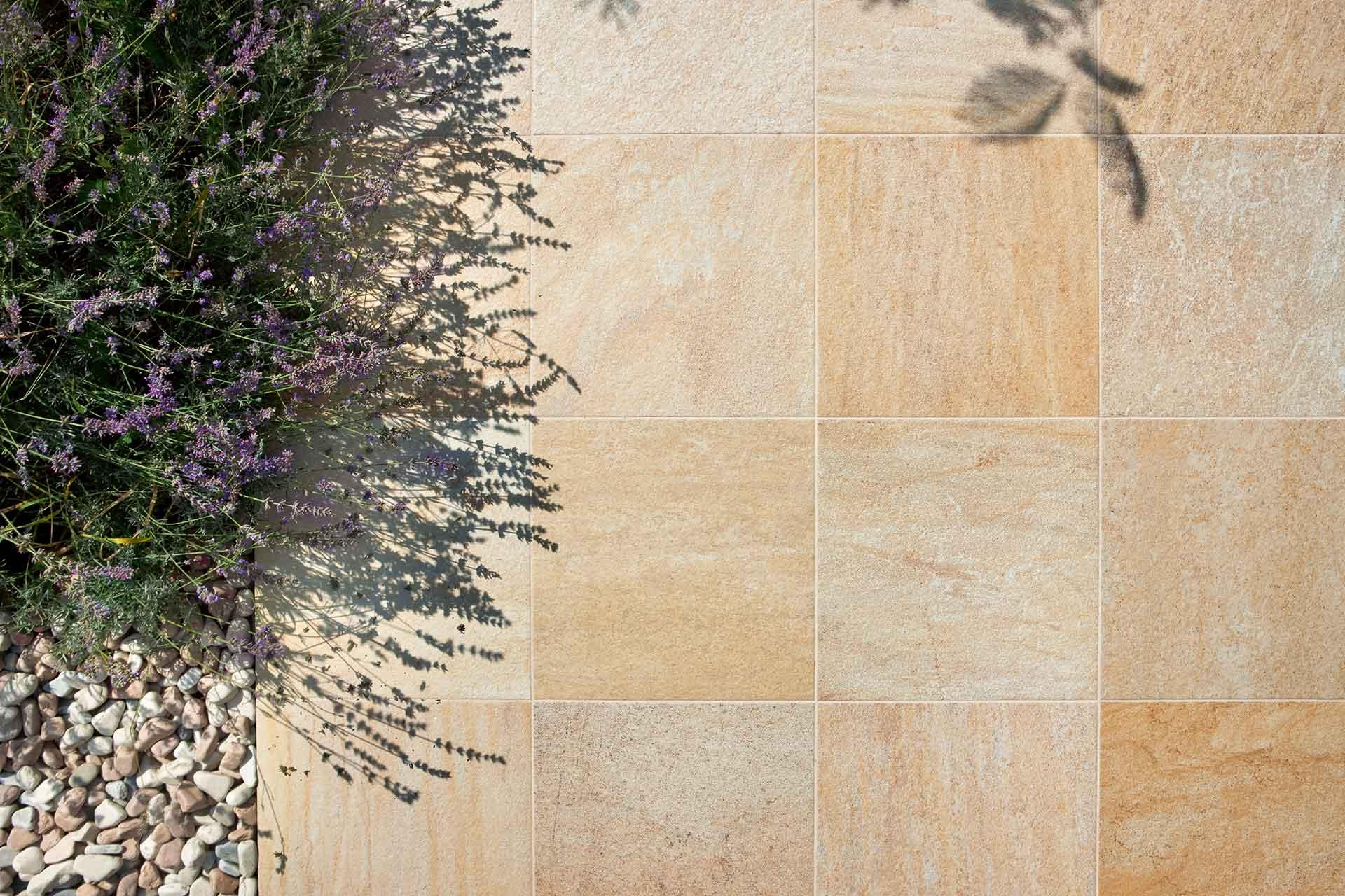 56-DgiQrtz-gllo-beige-tile-San-Diego-Marble-Tile