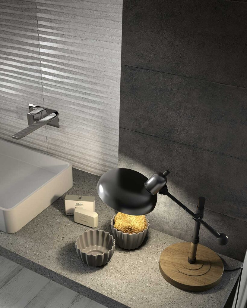 37_installation_silvery chic and black clay plain