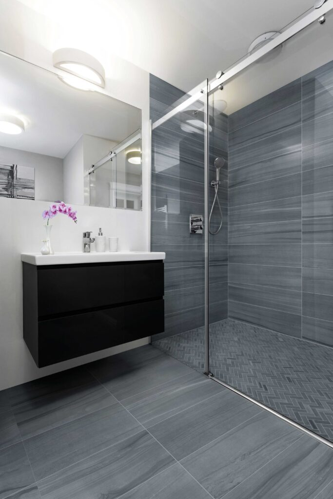 3_Sequence HDP_34905_Vortex_bathroom scaled